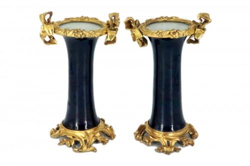 "Porcelain ""cornet"" vases pair mid 18th century"