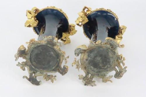 """18th century - Porcelain """"cornet"""" vases pair mid 18th century"""