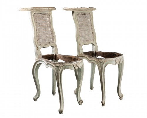 """voyeuses"" chairs pair Louis XV period stamped AVISSE"