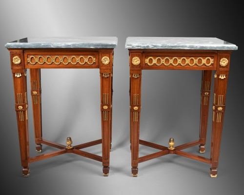 Pair of mahogany tables Neoclassical period, late 18th / early 19th - Furniture Style Directoire