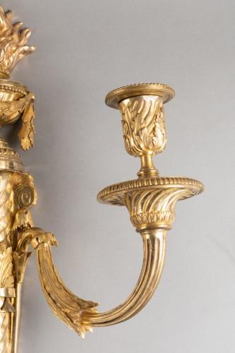 Big pair of Louis XVI wall lights late 18th century - Louis XVI