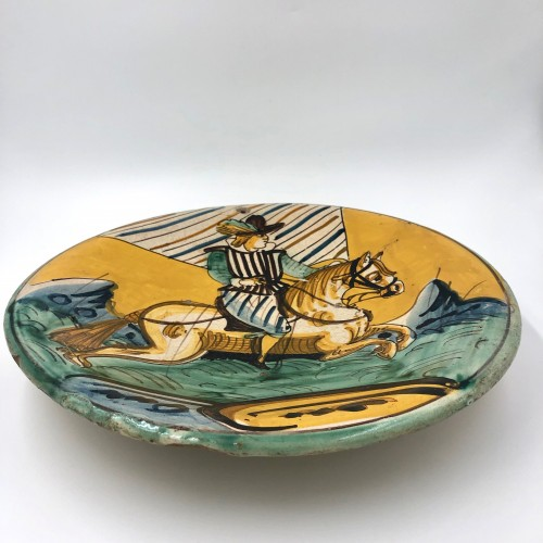 Round earthenware dish, Montelupo, Italy 17th century - Porcelain & Faience Style