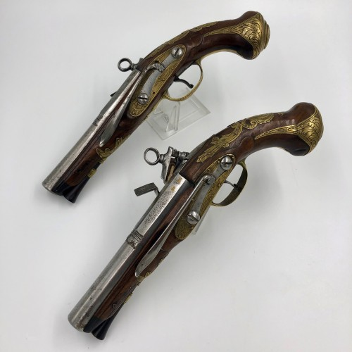 Collectibles  - Pair of belt pistols in La Miquelet, Spain late 18th century