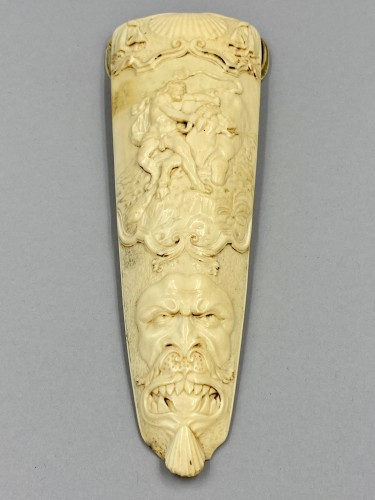 18th century ivory Tobacco grater - Achéloüs' Hercules terracing changed into a bull - Collectibles Style