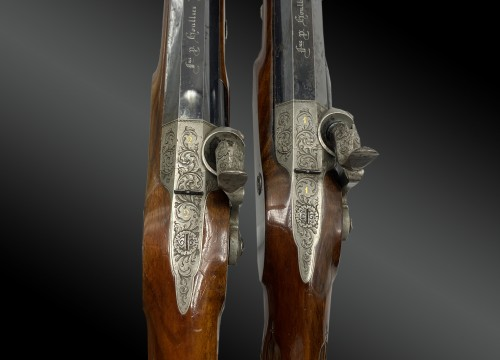 19th century - Necessary box containing a pair of percussion pistols signed HOULLIER BLANC