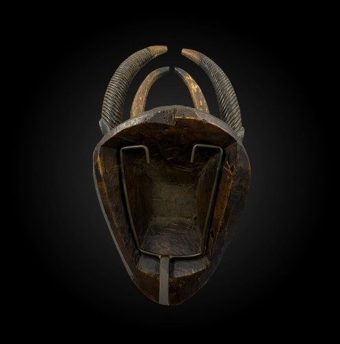 Tribal Art  - Horn mask  Yaouré Culture, Ivory Coast
