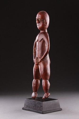 Antiquités - A Fine New Caledonian Kanak Spirit Figure