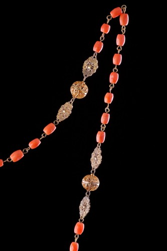 18th century - Spanish Gold Filigree and Coral Bead Rosary