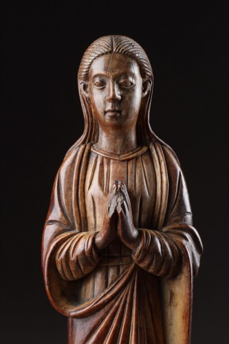 Indo-Portuguese Goa Carved Ivory Devotional Statuette of the Virgin Mary  - Religious Antiques Style
