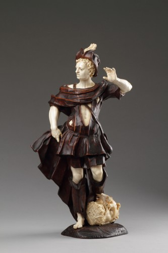 Sculpture  - Baroque Walnut and Ivory Figure of David with the Head of Goliath