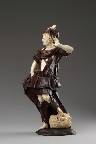 18th century - Baroque Walnut and Ivory Figure of David with the Head of Goliath