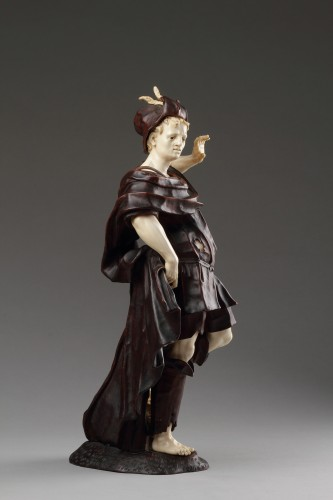 Antiquités - Baroque Walnut and Ivory Figure of David with the Head of Goliath
