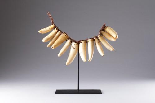 19th century - Fijian Sperm Whale Tooth Necklace 'Vuasagale'