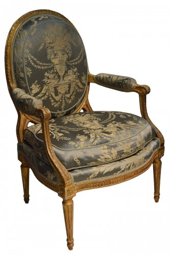 Pair of Neoclassical period fauteuils of large dimension