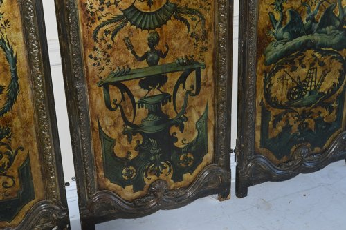 Antiquités - Italian, Regence Period, gilt and polychrome-painted six-panel screen