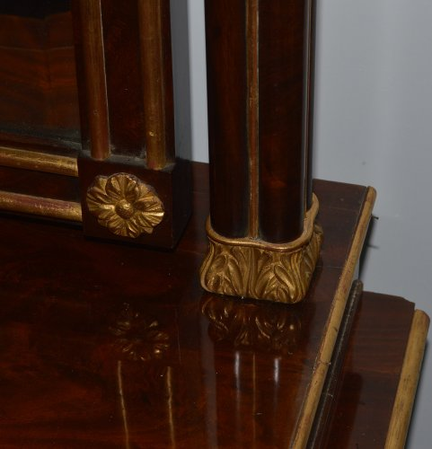 Spanish, Neoclassical, flame mahogany and parcel-gilt coiffeuse -