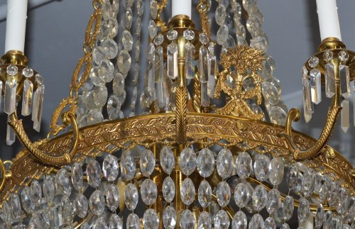 French, Charles X style, bronze d'ore and cut crystal chandelier -