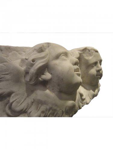 Pair of  Baroque winged angel heads, XVIIth century -