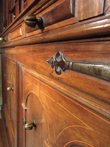 Spanish Baroque architectural cabinet on stand, 17th century -
