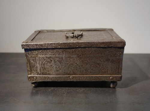 Curiosities  - A Nuremberg casket with etched decoration, circa 1600