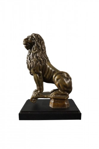 Sitting bronze lion, German School, circa 1600