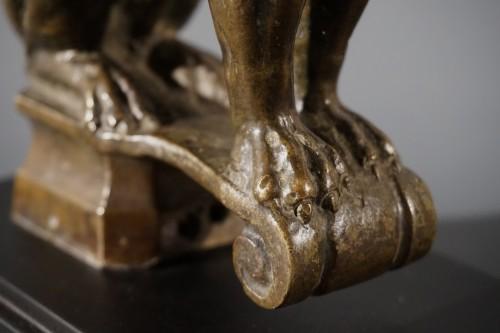 Sculpture  - Sitting bronze lion, German School, circa 1600