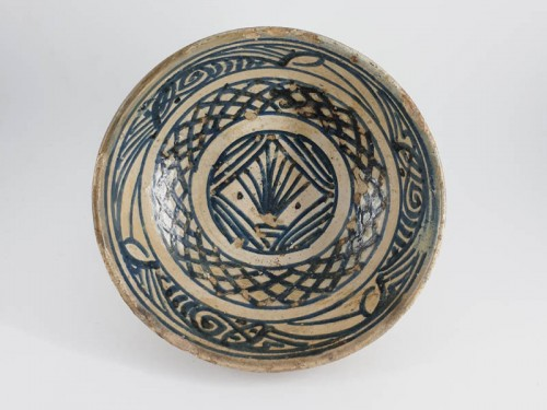 Hispano-moresque bowl with blue decoration, Paterna-Manises circa 1400 - Porcelain & Faience Style Middle age