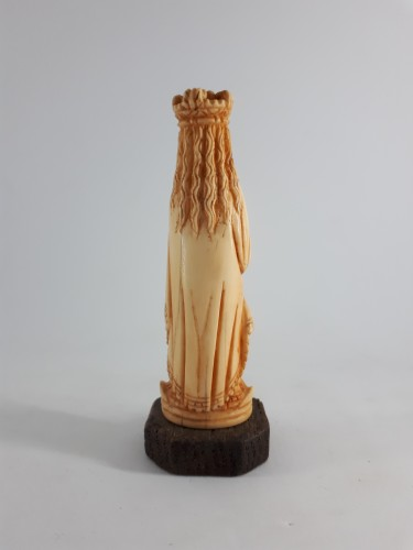 Indo-Portuguese miniature ivory figure of the Virgin, Goa, mid-XVIIIth cent -