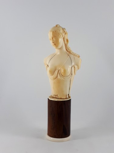Louis XVI - Ariadne, ivory bust, Dieppe, XVIIIth century