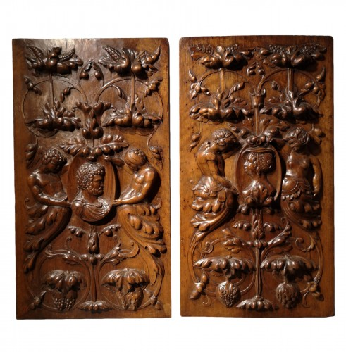 A pair of Renaissance walnut panel, early XVIth century