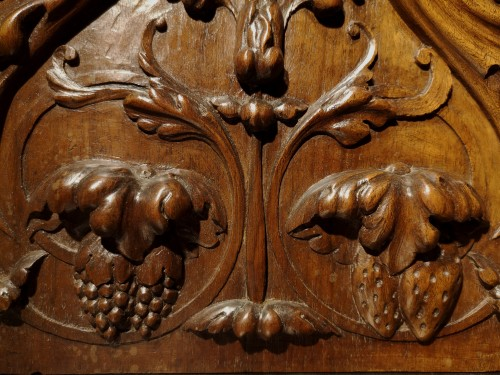 A pair of Renaissance walnut panel, early XVIth century -