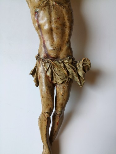 Baroque Christ in polychrome wood, Tyrol, XVIIth century - Sculpture Style