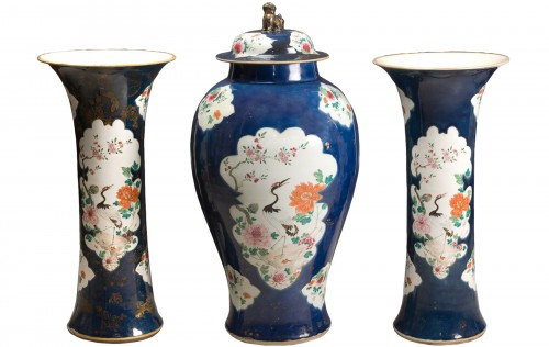 Covered vase and two cone vases in Chinese porcelain, 18th century