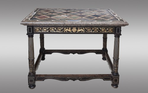 Centre Table, Italy 18th century - Furniture Style