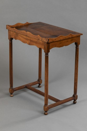 """17th century - Walnut """"Chartreux"""" table - France - Circa 1600"""