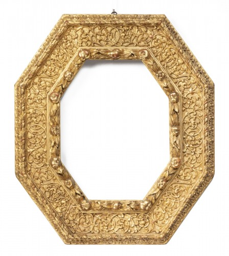 Octagonal gilded wooden frame - Piedmont - Last quarter of the 16th century