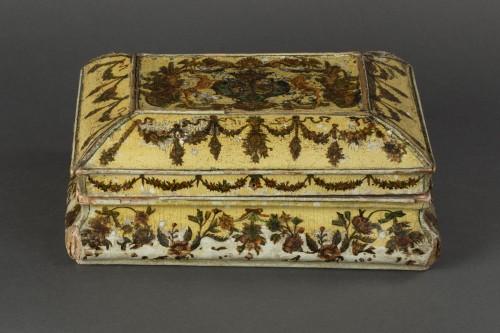 Cartapesta writing box - Italy - 18th century -
