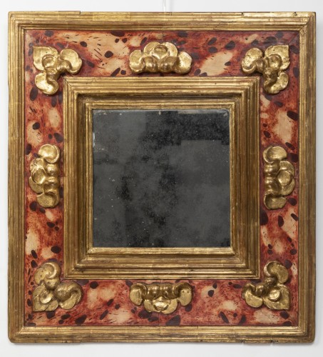 "17th century - Mirror with ""feigned marble"" decoration - Southern Italy - 17th century."