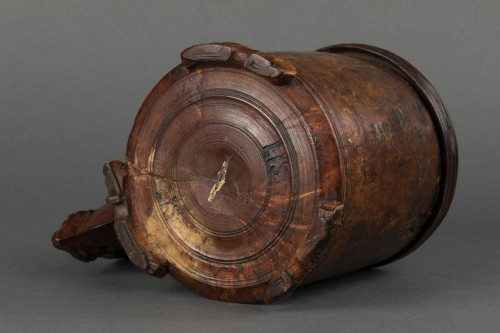 Antiquités - Mug in birch burr - Scandinavia - End of the 17th century