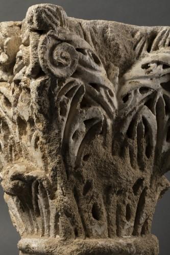 Sculpture  - Roman corner capital - France - 11th century