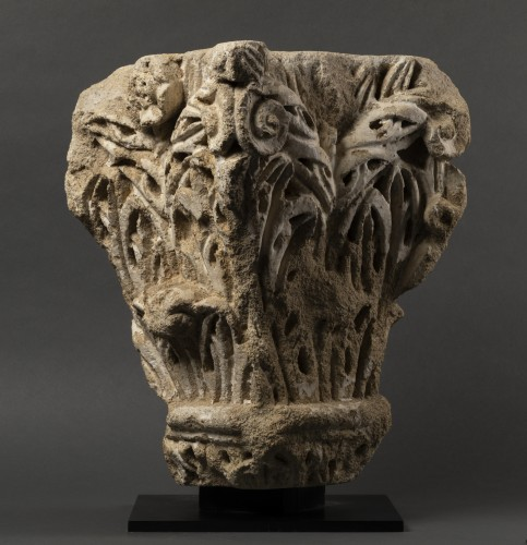 Roman corner capital - France - 11th century  -