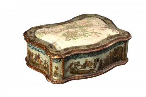 Sewing box made of wood and arte povera - Veneto - Early 18th century