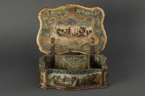 18th century - Sewing box made of wood and arte povera - Veneto - Early 18th century