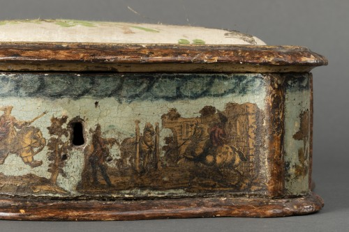 Antiquités - Sewing box made of wood and arte povera - Veneto - Early 18th century