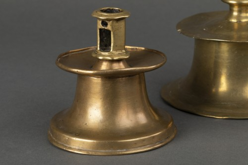 Set of 3 Gothic bell candle holders - Spain - first half of the 16th  - Lighting Style Middle age