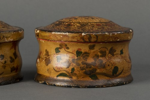 Pair of cartapesta boxes - Italy - early 18th century -