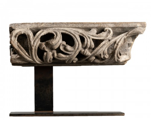 Fragment of an openwork frieze - France - 14th century