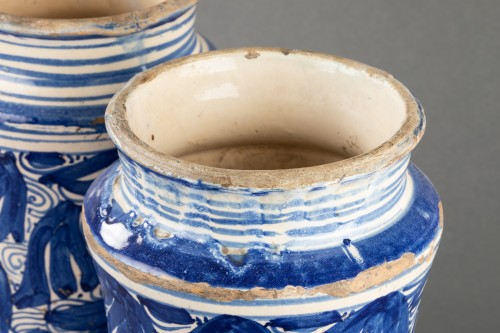 Pair of albarelli - Catalonia - 17th century - Porcelain & Faience Style