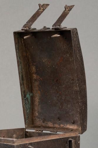 Curiosities  - Messenger box - France - 16th century