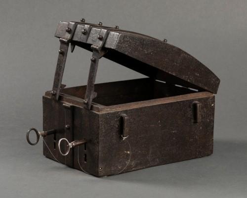 - Messenger box - France - 16th century